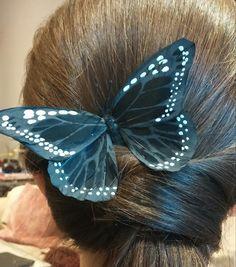 Pin mariposa negra de plumas para el pelo de SevillaClass en Etsy