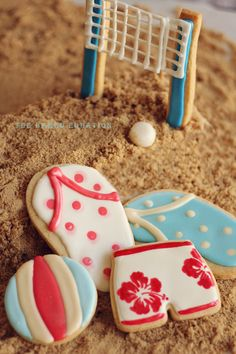 Volleyball Net Cookie with board shorts cookies Galletas Cookies, Cute Cookies, Cupcakes, Cupcake Cookies, Volleyball Cookies, Volleyball Net, Biscuit Decoration, Best Cookies Ever, Summer Cookies