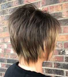 50 Shag Hairstyles That Are Trending Now One of the biggest hair trends is the shag haircut, Shaggy Layered Haircut, Curly Shag Haircut, Modern Shag Haircut, Shaggy Short Hair, Shaggy Haircuts, Thin Hair Haircuts, Haircut For Thick Hair, Razor Haircut, Hair Shag