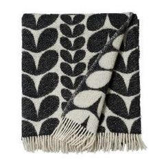 Karin is a lovely wool throw from Brita Sweden that will give your home a Scandinavian feel. Perfect to have in the couch or on the bed as a nice and warm interior decoration.