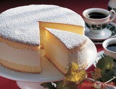Tejszínes túrótorta; Jól behűtötten felszolgálva ez a torta igen üdítő a forró nyári napokon, és a gyomrot sem terheli meg túlságosan. Készítsd el akár 2, vagy 12 főre, a Receptvarazs.hu ebben is segít! Hungarian Cake, Hungarian Recipes, Hungarian Food, Sweet Recipes, Cake Recipes, Cold Desserts, Cakes And More, Cake Cookies, Cheesecake