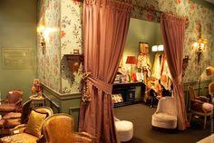 Ornamentsnijder - PATRICK DAMIAENS: Een ANTIEKBEURS in Namen | Salon d'antiquités de Namur | ANTICA NAMUR 2015