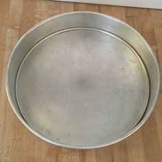 """Wear Ever Aluminum 2 Piece Removable Bottom 9"""" Round Cake Pan Vintage Kitchen Bakeware by yourmamashouse on Etsy"""