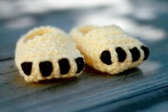 Lion cub booties for baby. by whitney