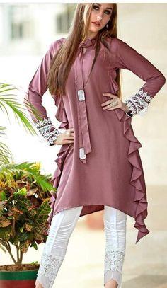 Simple Kurti Designs, Stylish Dress Designs, Designs For Dresses, Stylish Dresses, Fashion Dresses, Indian Designer Outfits, Designer Dresses, Dress Patterns, Sewing Patterns