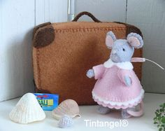 Travel Mouse - Girl - PDF pattern - download