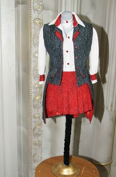 Vintage Dresses, Apron, Miniatures, Fashion, Vintage Gowns, Moda, Fashion Styles, Vintage Dress, Fashion Illustrations