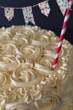 Rose Cake with step-by-step photos via Bakers Royale @Sara Baker Royale | Naomi