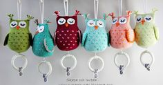 A grand list of 225 free crochet amigurumi patterns that all makes perfect cuddly toys and can also be used as best lovey to your babies! Owl Crochet Pattern Free, Crochet Owls, Crochet Art, Crochet Patterns Amigurumi, Crochet For Kids, Free Crochet, Crochet Music, Amigurumi Animals, Crochet Mobile