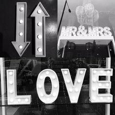 #signs Big Day, Wedding Flowers, Love, Retro, Gowns, Amor, Vestidos, Dresses, Rustic