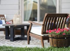 The best small patio ideas that'll make you want to hang out on your patio all summer! You can easily makeover your small patio on a budget with these patio decor ideas. Pinning these small patio decor ideas for later! #joyfullygrowingblog #patioideas #smallpatio #patiofurniture