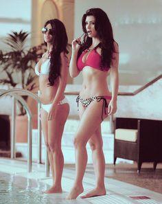 bikini, kim kardashian, kourtney kardashian, swimming pool