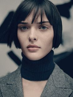 French Bob Haircut: How to Look Like a Parisian Girl | Cinefog