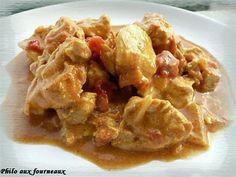 La meilleure recette de Colombo de poulet au lait de coco! L'essayer, c'est l'adopter! 3.9/5 (11 votes), 5 Commentaires. Ingrédients: 2 oignons émincés, 4 gousses d'ail dégermées, 4 blancs de poulet, 1 cuillère à café de colombo, 1 boite de pulpe de tomates, 1 cuillère à soupe d'huile d'olive, 20 cl de lait de coco, Sel de Guérande, Poivre du moulin, 1/2 cuillère à café de curcuma