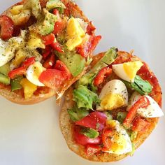 Holy smokes! Call the food feds! She's not having a wrap for lunch!  how good is egg & avo though?  I didn't have any tomatoes but red pepper & tomato purée totally worked instead!!  why didn't I make like 10 of these...