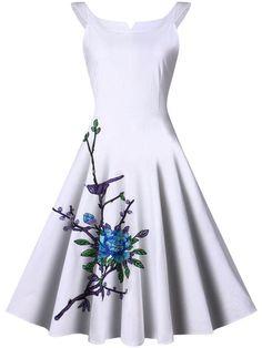 Fashionmia - Fashionmia Courtly Split Neck Applique Skater Dress - AdoreWe.com