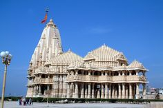 Somnath Temple is believed to be the first Jyotirlinga among the 12 Holy Jyotirlingas. Lord Shiva is said to have appeared in a fiery column of light from this Linga. The Linga is also believed to be Swayambhu in nature and is worshiped by millions.