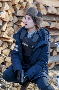 Bild Julia Piaton Patrick Roberts, Isla Fisher, Gerard Butler, Top Gun, Keira Knightley, Julia Piaton, Bond, Canada Goose Jackets, Frozen