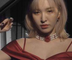 We Heart It의 alena( Kpop Girl Groups, Kpop Girls, Wendy Red Velvet, Only Girl, Girl Cakes, Girls In Love, Seulgi, Hair Styles, Pretty
