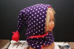 Tuto cagoule écharpe Couture Sewing, Balaclava, Sewing Crafts, Sewing Patterns, Sewing Ideas, Crochet, People, Women, Skirt