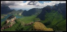 My sence of Africa - foto gemaakt in Blyde River Canyon, Zuid-Afrika Columbus Travel, South Africa, Community, Mountains, Outdoor, Art, Pictures, Outdoors, Art Background