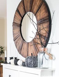 Modern and minimalist halloween decor! Love it!
