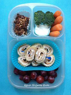 #Lunch Made Easy: @MOMables Monday - Turkey Pinwheels & Banana Chocolate Chip Granola Bars  #Bento @easylunchboxes