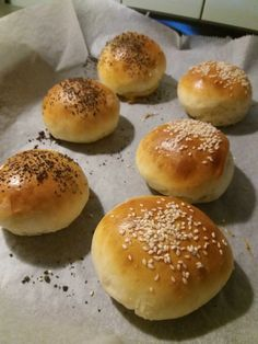 Macedonian Food, Finger Foods, Food And Drink, Bread, Dinner, Baking, Hampers, Dining, Finger Food