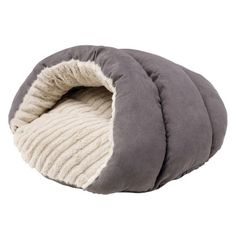 The Brighton dog sleeping bag is for hounds who like to burrow and snuggle. Lightweight and available in soft grey, it's the perfect little luxury. Brighton, Lightweight Sleeping Bag, Happy Pug, Cat Cave, New Beds, Sleeping Dogs, Snuggles, Kobe, Small Dogs