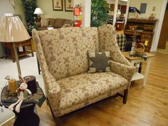 Love this pattern Country Furniture, Living Room Furniture, Primitives, Armchair, Cabin, Homes, Pattern, Home Decor, Rustic Furniture