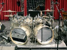 zak starkeys Drum Set what brand | All the shells on Zak's kit are custom made and the kit includes ...