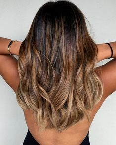 Caramel and ash blond balayage for brown hair # Hair Beauty Ash Blonde Balayage, Brown Blonde Hair, Wavy Hair, Balayage Hair Brunette Medium, Dark Blonde, Brown Curls, Balayage For Curly Hair, Blonde Ombre, Blonde Color