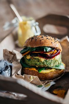 Brilliant Green Vegan Burger, a recipe by Jamie Oliver and Ellie Goulding   TheAwesomeGreen.com