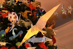 A pterosaur on the 2014 Origami Holiday Tree.