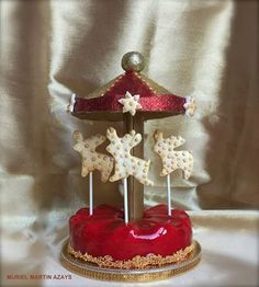 Carousel Birthday Parties, Birthday Candles, Diy And Crafts, Candle Holders, Carrousel, Christmas Ornaments, Holiday Decor, Cake, Sweet