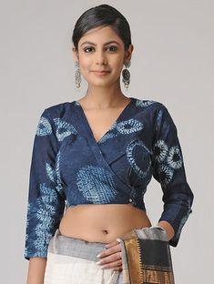 Indigo Shibori Cotton Blouse by Jaypore Kalamkari Blouse Designs, New Saree Blouse Designs, Blouse Designs High Neck, Fancy Blouse Designs, Saree Wearing Styles, Stylish Blouse Design, Designer Blouse Patterns, Blouse Models, Shibori