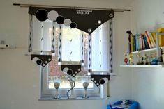 одноклассники Tulle Curtains, Drapery, Double Bed Linen, Balcony Lighting, Pelmets, Bed Linen Sets, Curtain Designs, Bathroom Accessories, Desk Lamp