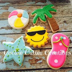 What I just love about beach themed and ocean themed cakes, cupcakes & biscuits, is that they can be so very versatile. Crazy Cookies, Fancy Cookies, Cut Out Cookies, Iced Cookies, Cute Cookies, Royal Icing Cookies, Cupcake Cookies, Summer Cookies, Cookies For Kids