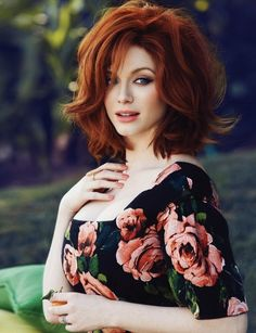 Christina Hendricks ~ Christina Rene Hendricks (nacida el 3 de mayo de 1975 en Knoxville, Tennessee)