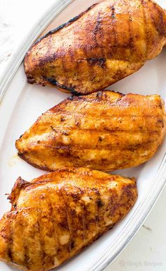 Learn how to grill boneless skinless chicken breasts so they stay juicy and…