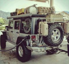 Jeep JK getting ready for the trails .I love the keg on top lol. Jeep Jk, Jeep Rubicon, Jeep Wrangler Unlimited, Jeep Truck, Ford Trucks, Jeep Camping, Jeep Wrangler Camping, Bug Out Vehicle, Rangement Caravaning