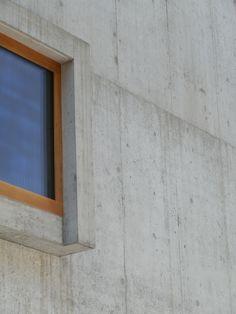 N Garage Doors, Windows, Frame, Outdoor Decor, Home Decor, Buildings, Homemade Home Decor, A Frame, Frames