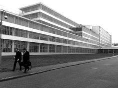 Van Nelle Factory, Rotterdam Leendert van der Vlugt, 1925-1931