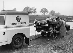 The AA History - Automobile Association Complete History Landrover Serie, 1960s Britain, Adventure Car, Ford Anglia, Old Lorries, Best 4x4, Wet Weather, The Old Days, Land Rover Defender