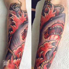 #ageevtattoo #tattoo #sevastopol #sevastopoltattoo #traditional #tattoo #traditionaltattoo #shark #rope #wave #harpoon #spear #blood #sea