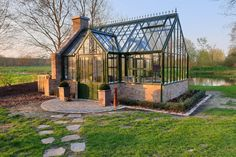 Best Greenhouse, Backyard Greenhouse, Outdoor Pergola, Greenhouse Plans, Garden Deco, Garden Studio, Garden Structures, Garden Paths, Victorian Gardens
