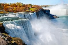 Looking to visit Niagara Falls this season... Check out our new blog http://www.bgniagaratours.com/blog/niagarafallstours/autumn-in-niagara-falls-2/