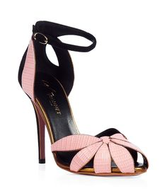 VIONNET Rose/Gold Leather Sandals((too high for me, but they are amazing)) Dream Shoes, Crazy Shoes, Me Too Shoes, Pretty Shoes, Beautiful Shoes, Zapatos Shoes, Shoes Heels, Hot Shoes, Stilettos