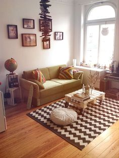 Boho Bohemian Vintage Green Sofa: Ideas, Apartment Decor, House Livingroom, Living Room. »»