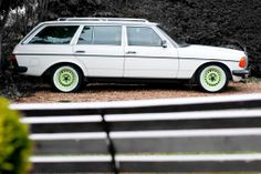 1983 Mercedes W123 280TE Project. LOVE this look!